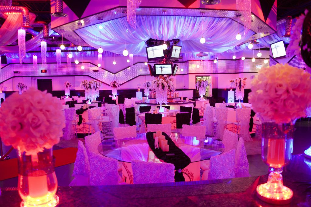 Chic Venue Included Wedding Party Birthday Event Amp More